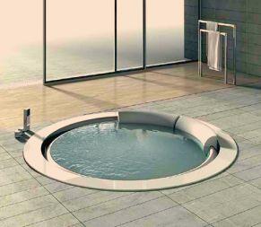 round-whirlpool-bathtub
